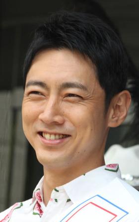 小泉孝太郎、親友ムロツヨシに合コン話暴露される「僕と2対2の合コン2回」「お持ち帰りは…」