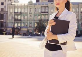 青田買いのスゝメ:結婚に必死な一般職。そう言ってる間に、良い男を取られる総合職女子