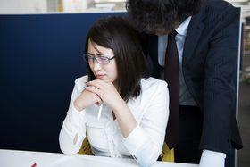 不用意なLINEでセクハラ認定、会社をクビになった男 「良好な関係」と勘違いして…