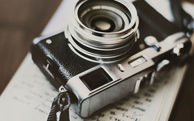 不便だけど楽しい!?現像まで3日かかるカメラアプリが人気!