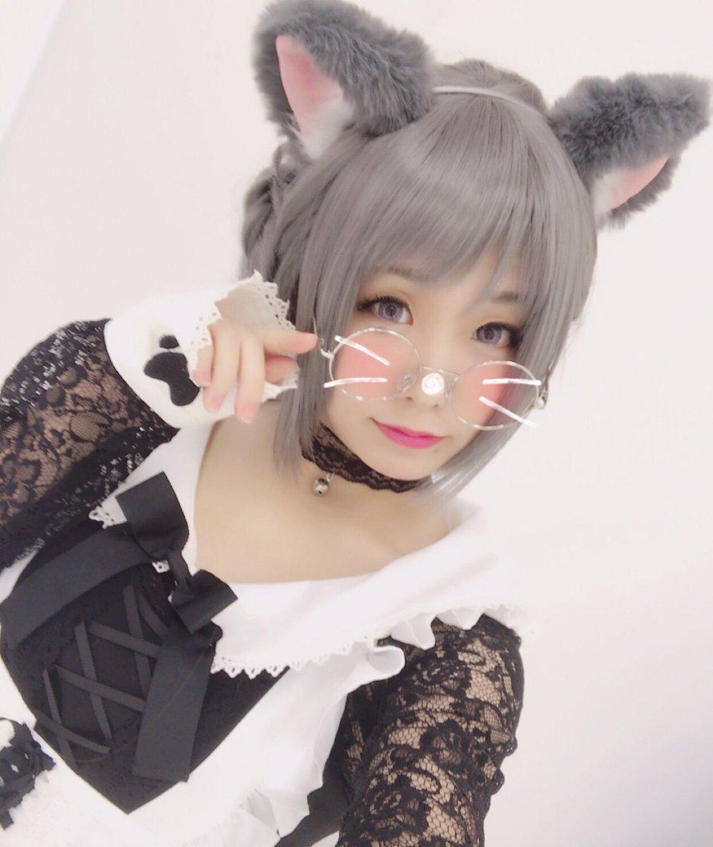 """「にゃにゃにゃーん」人気コスプレイヤー・くろねこ、""""猫の日ショット""""に魅せるネココスが最強!"""